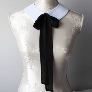 Jewelry - Silk Bow Collar